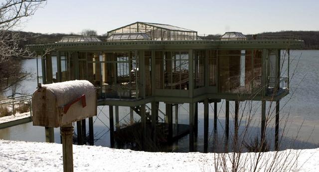 dom nad jeziorem 2