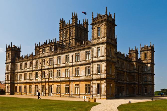 Downton Abbey, serial, zamek