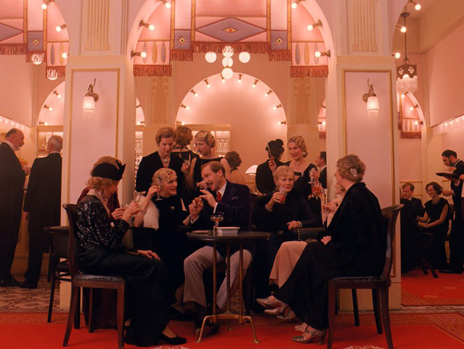 item3.rendition.slideshowVertical.grand-budapest-hotel-set-04-hotel-lobby