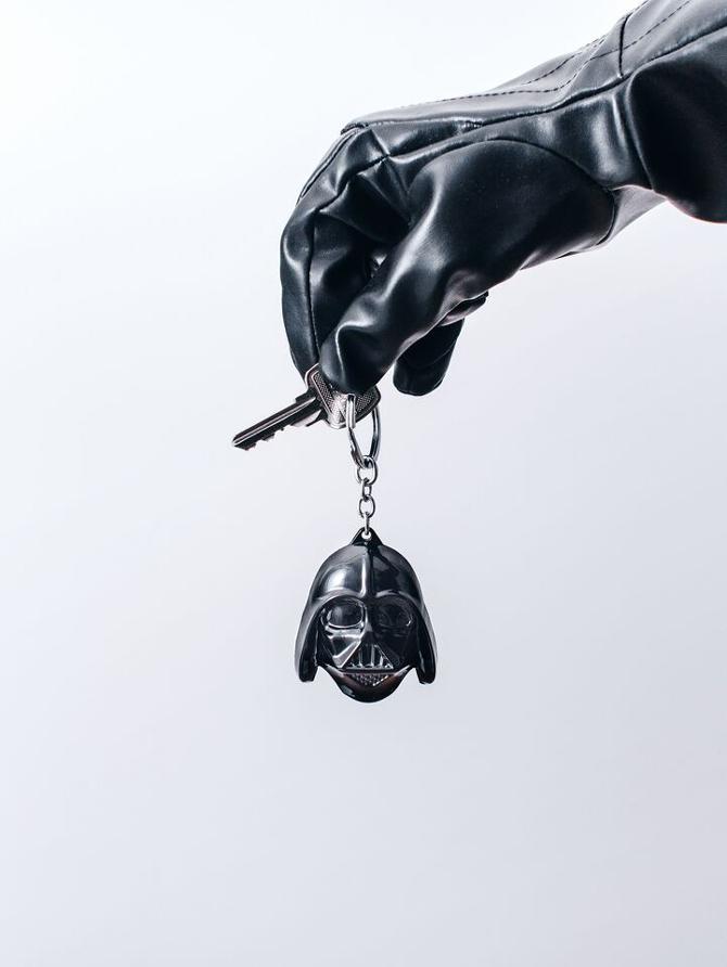 z19193984O,Darth-Vader