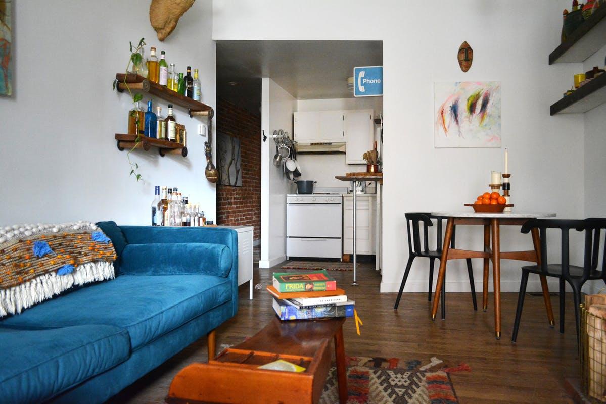 Kącik jadalny z krzesłami IKEA PS 2012