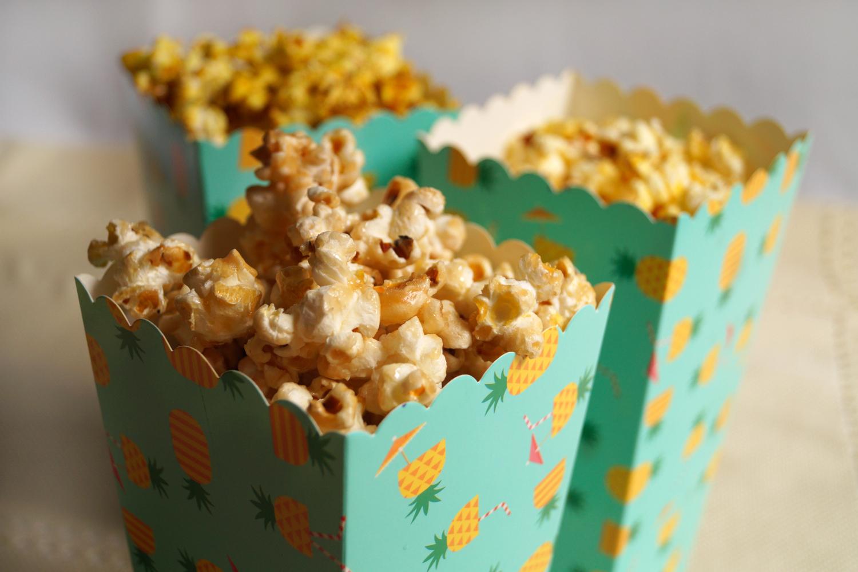 Domowy popcorn smakowy na trzy sposoby