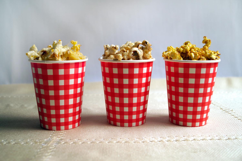 Przepis na domowy popcorn smakowy