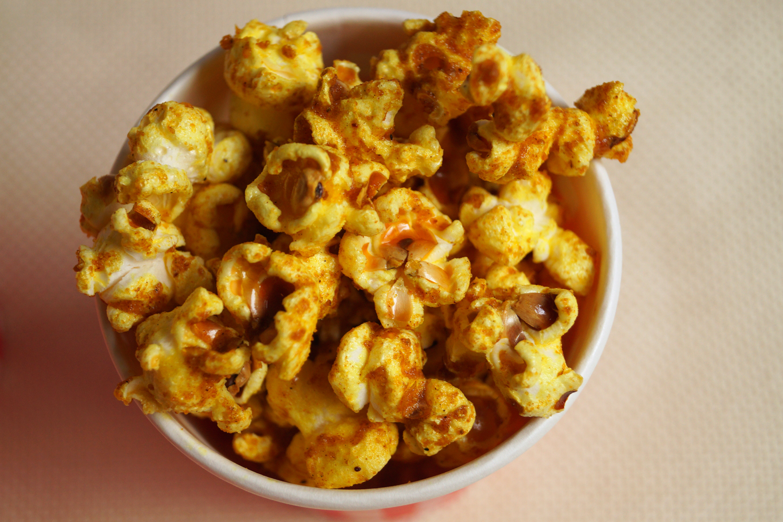 Domowy popcorn curry