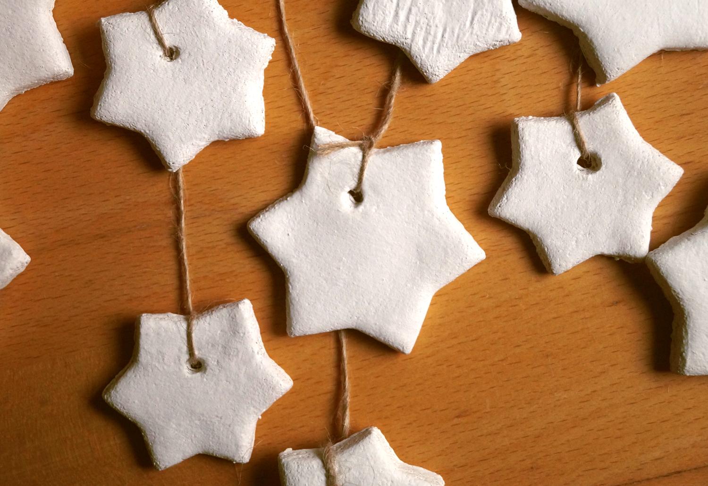 Świąteczna dekoracja na Boże Narodzenie z masy solnej
