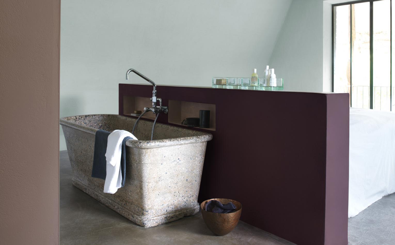 Kolor fioletowy w łazience