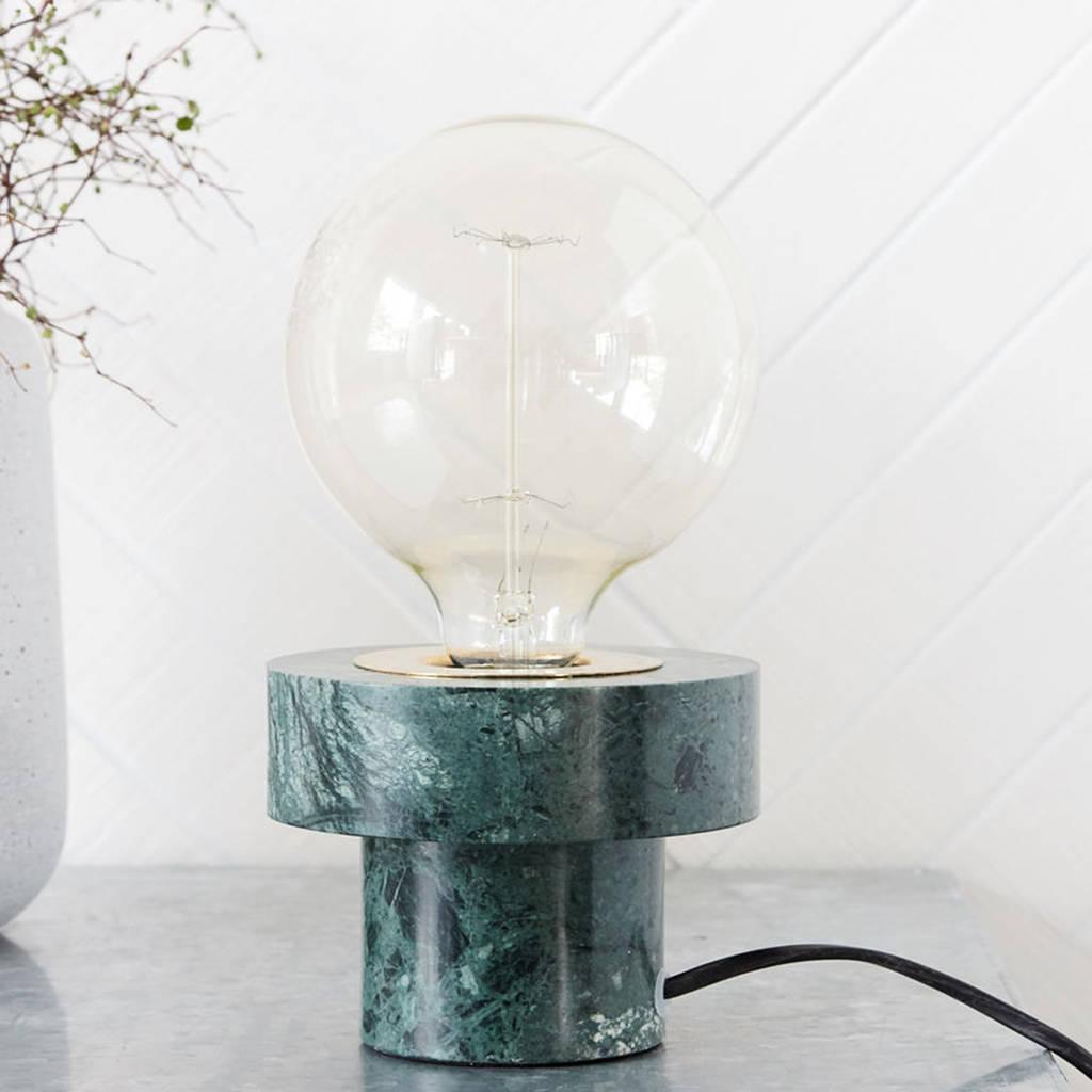 lampa z zielonego marmuru