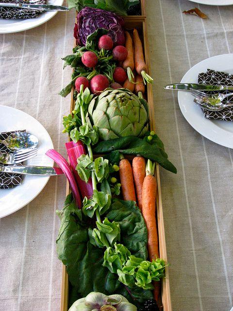 Dekoracje stołu z warzyw i owoców