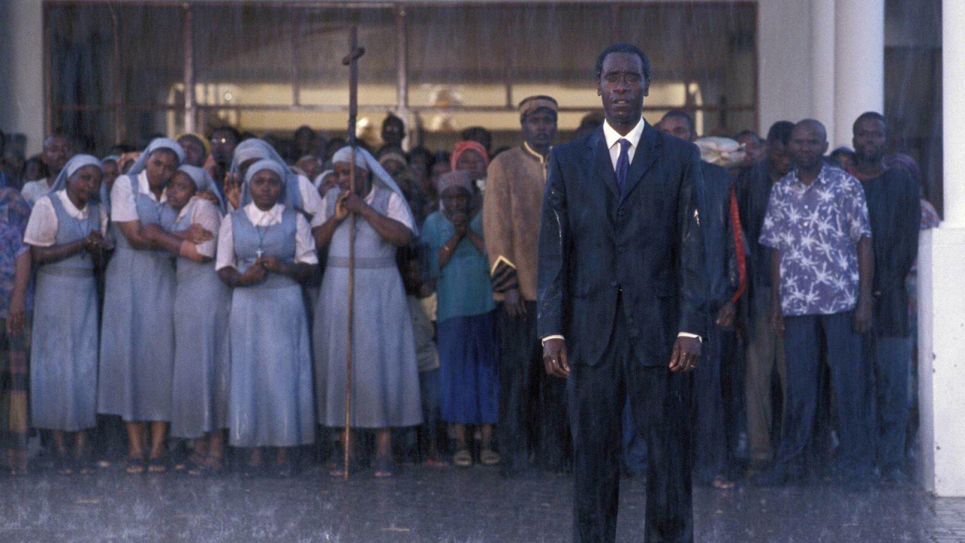 filmy historyczne: hotel rwanda