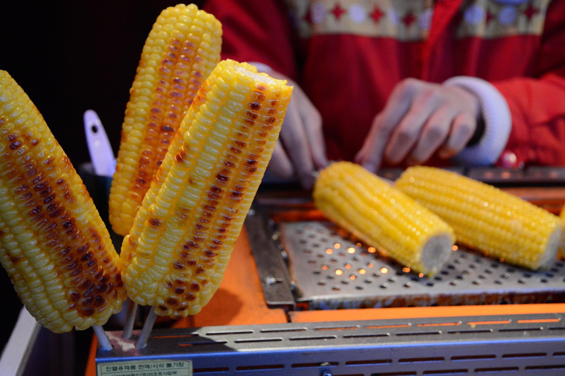 Co Amerykanie jedzą na 4 lipca? Amerykańska kuchnia