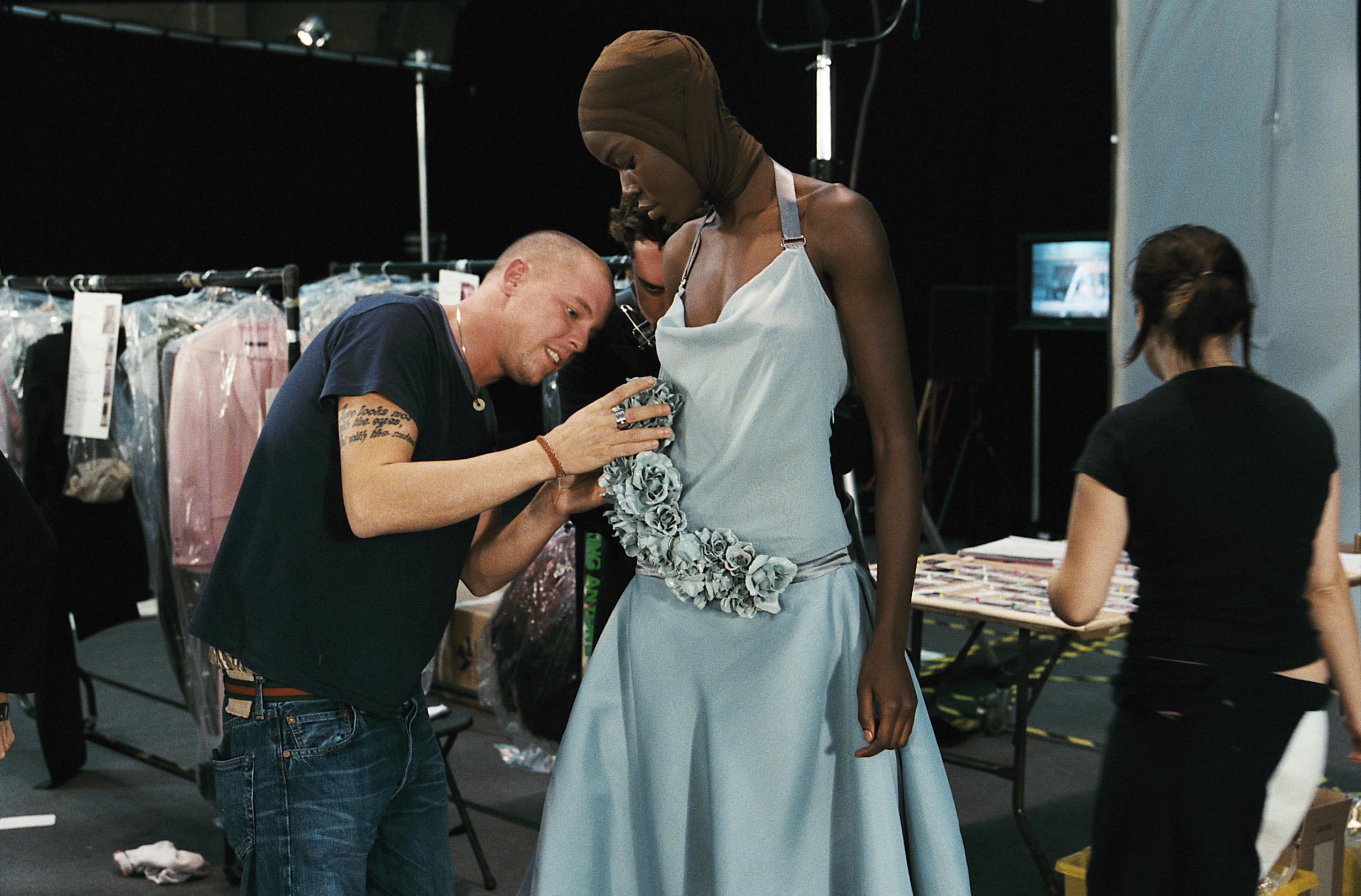 Mcqueen film o modzie
