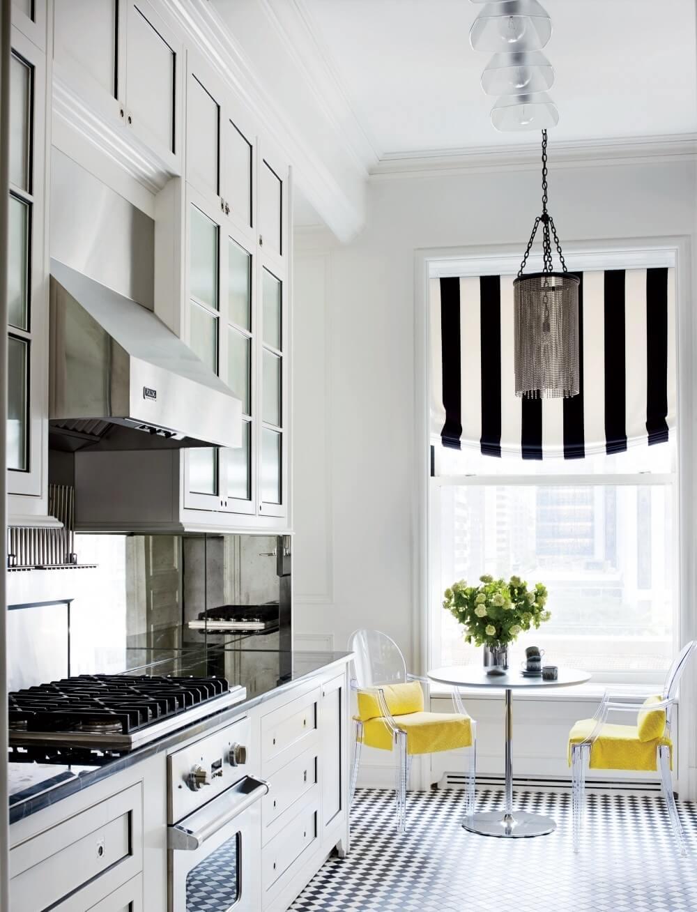 Przeszklone szafki w kuchni