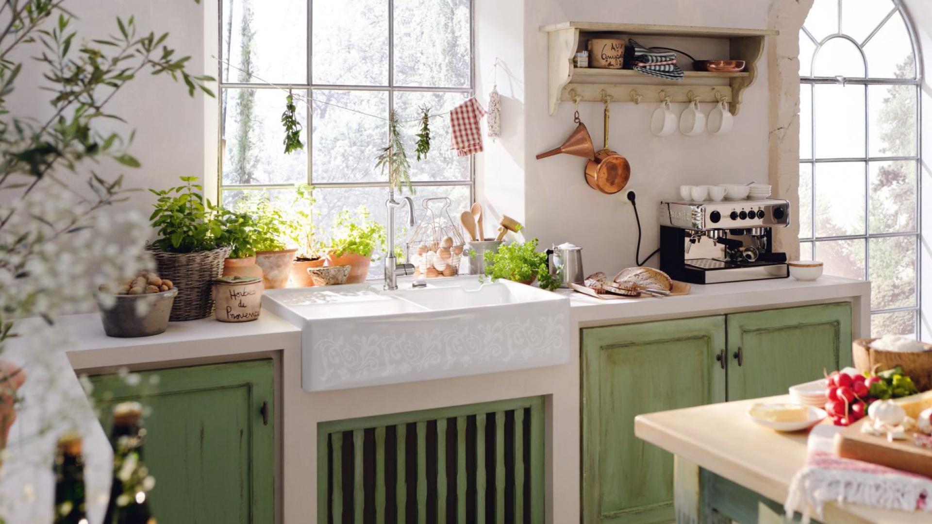 ceramiczne zlewozmywaki w kuchni