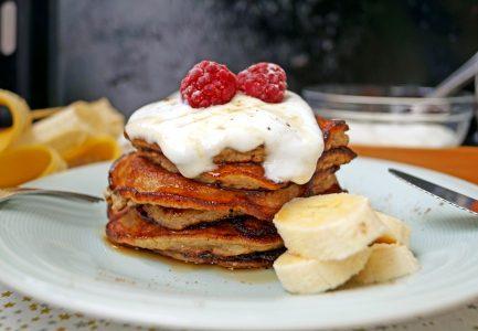 Placuszki z bananów - zdrowsza alternatywa dla pancake'ów
