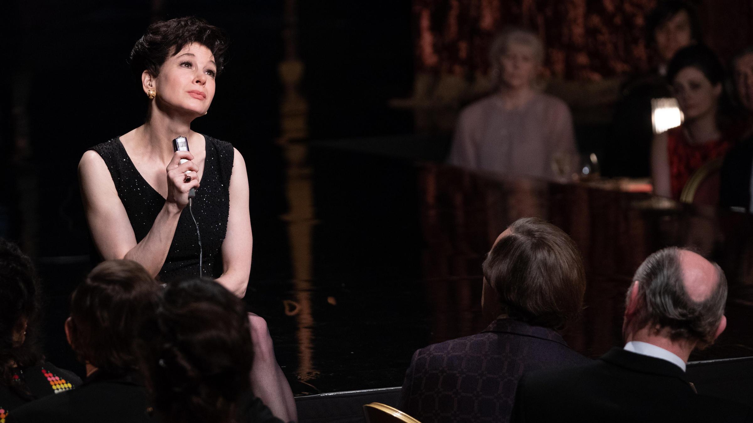 Renée Zellweger jako legendarna Judy GarlandRenée Zellweger jako legendarna Judy Garland