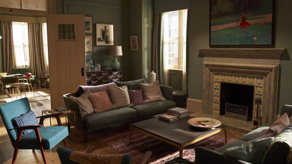 """Film """"Ojciec"""" i mieszkanie, które gra razem z aktorami"""
