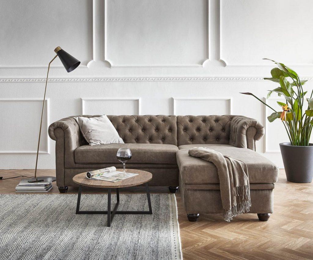 Модные идеи отделки стен в гостиной. Три современных решения